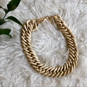 Marlyn Schiff tan chunky chain statement necklace